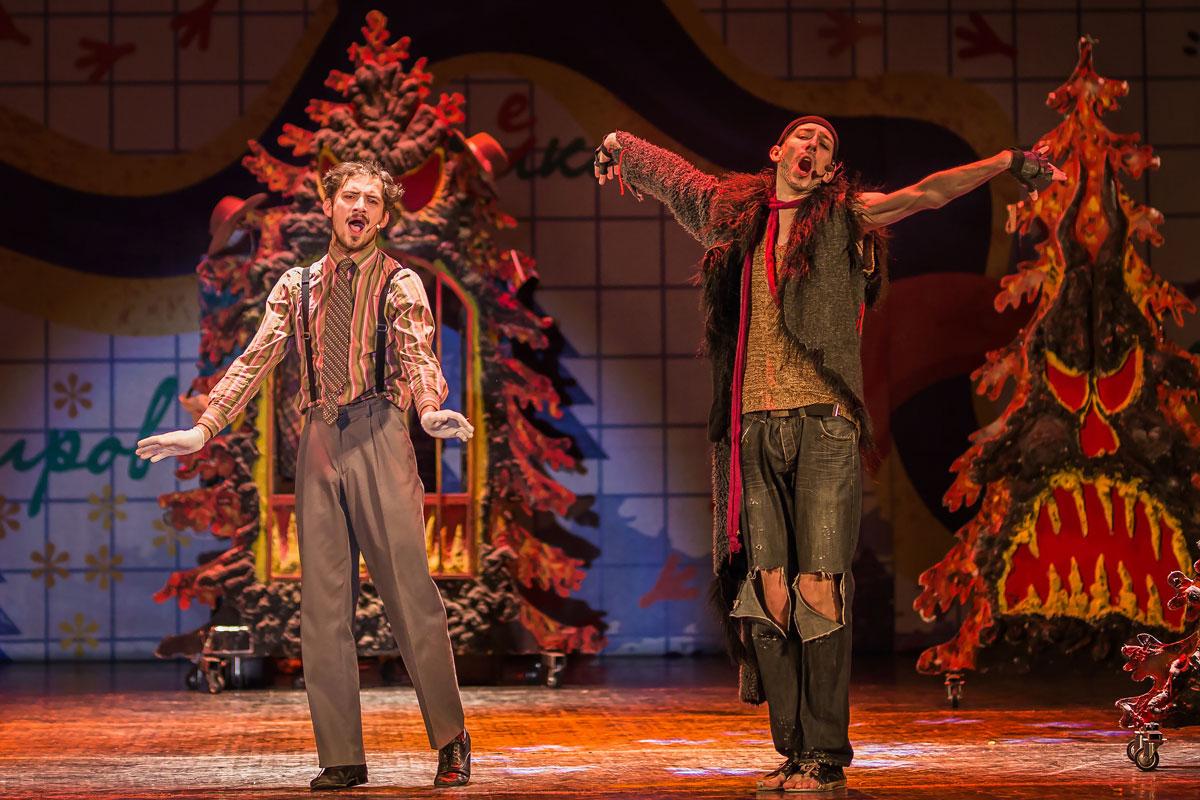 Сцена из спектакля «Иохим Лис — детектив с дипломом» театра «Территория мюзикла»